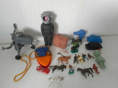 Mixed Vintage Toy Collectables Job Lot - Britains/ Toy Soldiers - Star Wars, etc