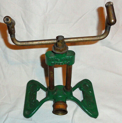 Vintage Rain King Model D-1 lawn sprinkler VG green