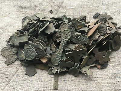 Metal detector finds.Mix lot  ancient crosses (The age of 12-19) N60
