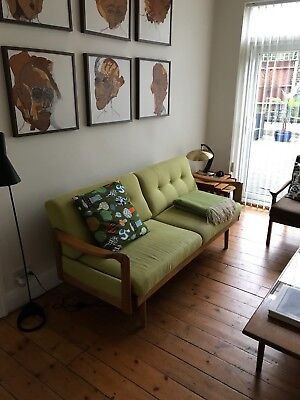 retro sofa green from the 60s, beautiful, stylish. Used