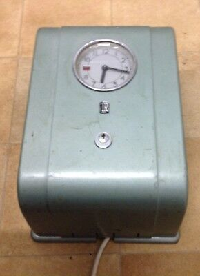 VINTAGE 1960s  CLOCKING IN MACHINE. Made be TR or ITR. Not sure if it works.