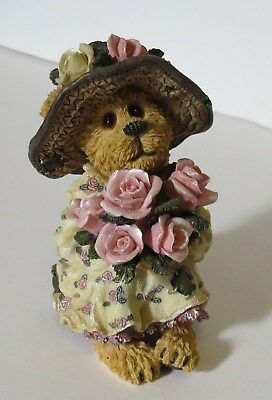 """Boyds Bears & Friends Bearstone Collection """"A Single Rose Could Be My Garden"""""""