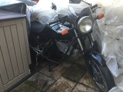 CBX 550 CBX550 PROJECT with V5! UNTOUCHED FRAME! NO RESERVE! Cafe barn rare