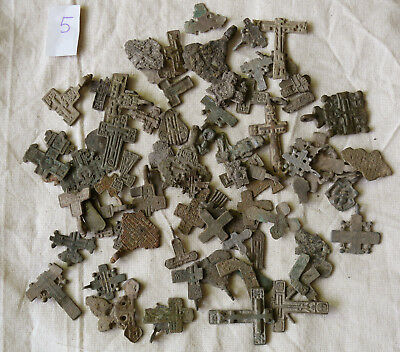 Metal detector finds.Mix lot  ancient crosses (The age of 12-19) N65