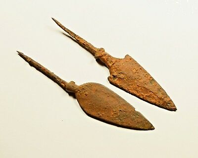 LOT OF 2 -ANCIENT ROMAN BATTLE IRON ARROW ARROWHEAD - c. 300-400 AD