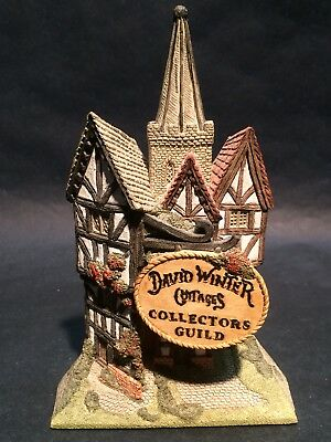 David Winter Cottages Collectors Guild Cottage w/ Sign Hand Made & Painted
