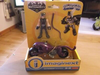Imaginext DC Super Friends Streets of Gotham City Catwoman and Cycle