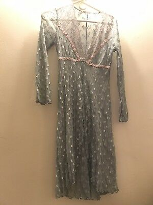 Claire Pettibone Sheer Lace Blue White and Pink Flower Robe Size Small