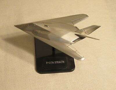Fighting Jets Of Operation Desert Storm F 117-A Stealth The Danbury Mint Pewter