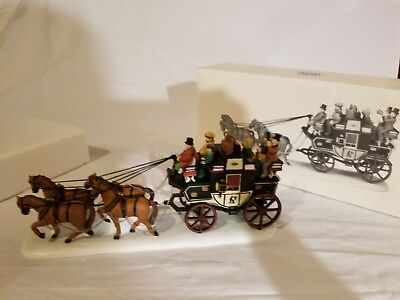 Dept 56 Heritage HOLIDAY COACH 5561-1