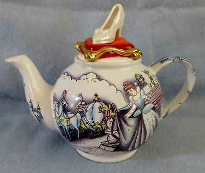 Cinderella Betty Teapot Disney Showcase Collection Cardew Design NEW Shoe on Lid