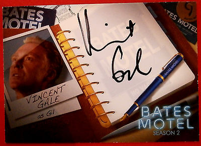 BATES MOTEL - VINCENT GALE as Gil - AVG1 - [BLACK INK] Autograph Card - Breygent
