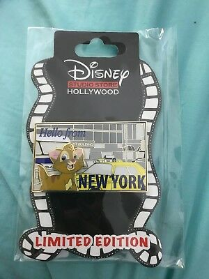 Disney Collector Trading Pin Studio Store Hollywood Oliver and Company Postcard