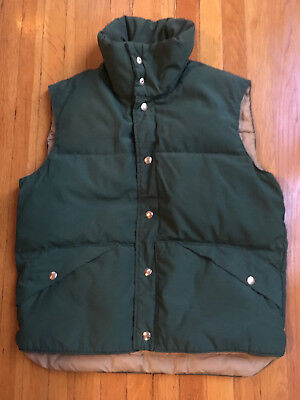 JCPenney - Vintage Forest Green Down Vest (Style #2232) - Medium