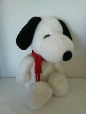 """Nwot! Kohl's Cares for Kids Peanuts Snoopy 15"""" plush!"""