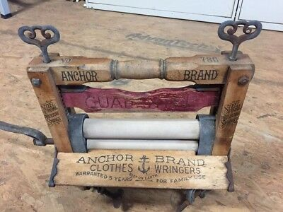 """Vintage """" Anchor """" Clothes Wringer To Attach To A Wooden Or Metal Tub"""
