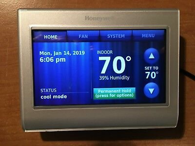 Honeywell WiFi 9000 Color Touchscreen Thermostat RTH9580WF1013