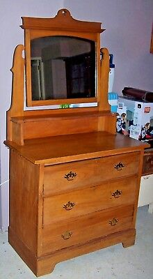 Antique dressing table with three drawers