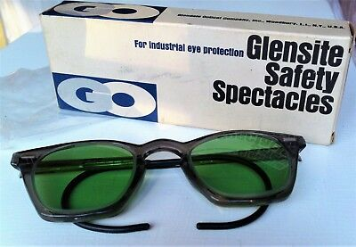 Vintage Glensite Safety Spectacles Glasses Eye Protection 6 3/4 Green Lens w/Box