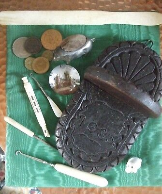 A Small Job Lot of Antique/Vintage Curios