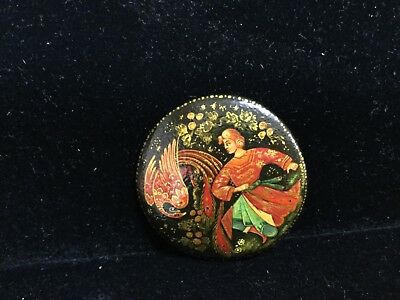 Vintage Russian Wood Laquer Brooch Pin