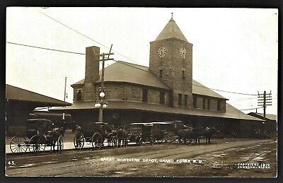 "Rppc Grand Forks Nd ""great Northern Ry Train Depot""   1910"