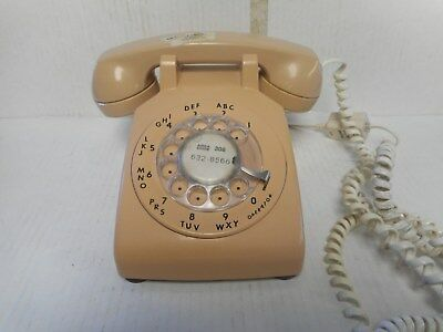 Vintage 1977 ITT Rotary Desk Telephone Tan Colored Great Condition! Works Great!