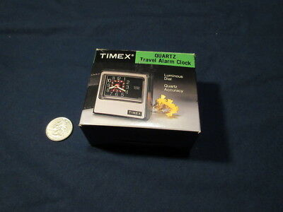 Vintage 1970's Timex Quartz Travel Alarm Clock Model 7803-112 Unused