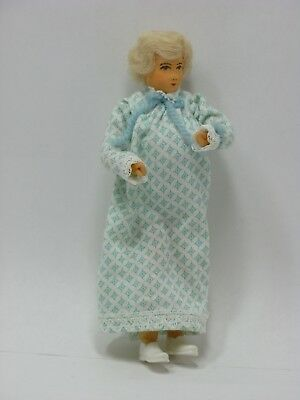 Dollhouse Mniature - Irna Meyer Vintage - Lady In Night Dress - 5 3/4 Inch Doll