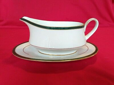 VINTAGE BOOTS THE CHEMIST, CHINA Boots Green Hanover Gravy Boat and Stand