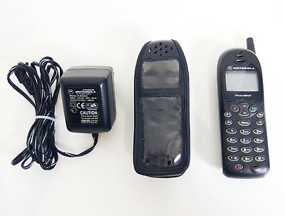 Motorola TalkAbout T180 GSM dual band black - vintage retro mobile cell phone
