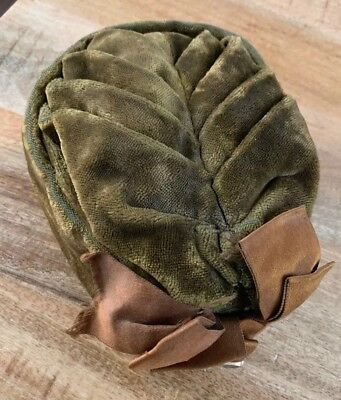 Antique Victorian Women's Green Velvet Hat Silk Lined With Gold-filled Pin