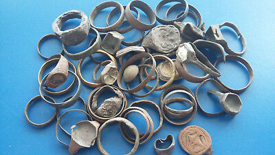 Metal detector finds.Mix lot  ancient Rings  (The age of 1?-19) 50 pieces. N41