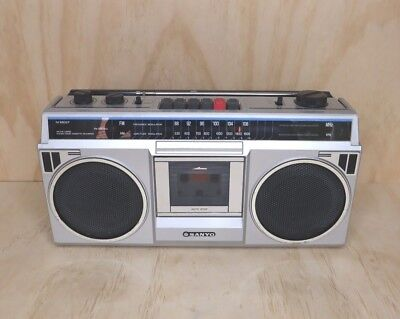 Vintage Sanyo Radio/Casette Player Boombox M9802F - Parts Only