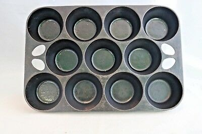 Vintage Cast Iron Griswold No. 10 Muffin Pan