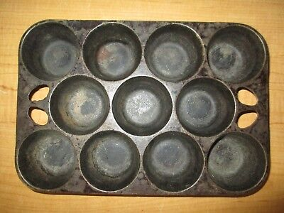 Vintage Cast Iron Muffin Cupcake Popover Pan 11 Cup Unbranded USA Made Fast Ship