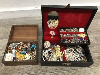 Job Lot Of Jewellery In Jewellery Box House Clearance