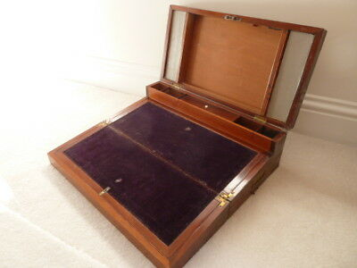 Antique writing slope in mahogany with brass inlays and 5 hidden drawers