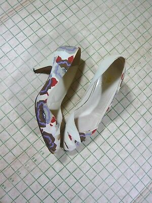 BaRgAiN BiN : DELMAN vintage early 60s leather + fabric high heels 9.5 N