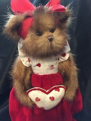 BOYDS BEARS  VALENTINE  RED VELVET DRESS HEARTS  FAUX MINK PLUSH  11 inch  SWEET