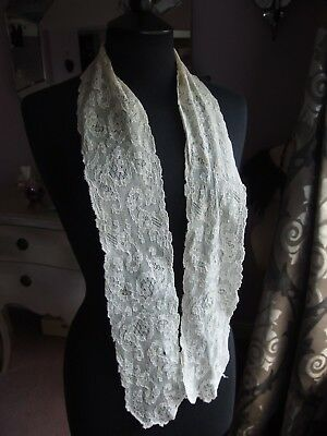 antique embroidered lace lappet collar