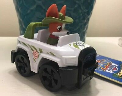 Nickelodeon's Paw Patrol Jungle Rescue Tracker Racer
