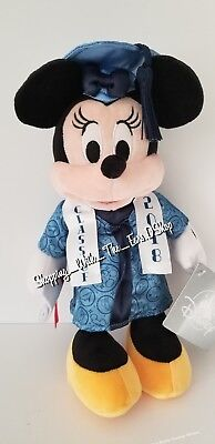 Disney Parks Exclusive Class of 2018 Minnie Mouse Graduation Plush New