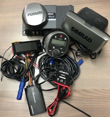 Fusion MS-WR600 Marine Wired Remote w/Simrad sonic hub & SiriusXM display + cabl