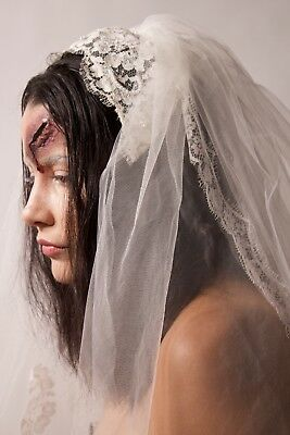 Vintage Wedding Veil with Headpiece, Absolutely Beautiful!!