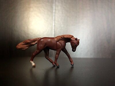 Breyer Mini Whinnies, Series 2, Coconut, Cantering Liver Chestnut horse