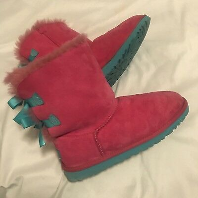 01d980f79c1 GIRLS UGG 3280Y Bailey Bow Pink/Blue Leather Slip-on Fur Lined Boots Size 6  EUC