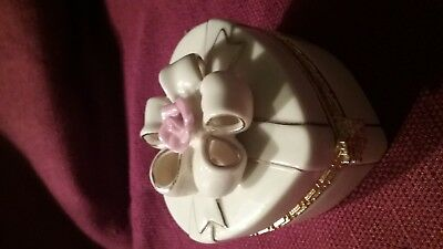 Lenox Treasures of the Heart Exclusive Edition Hinged Trinket Box