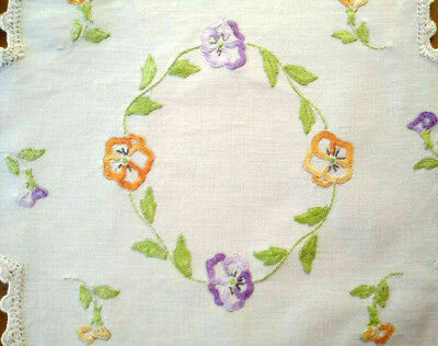 Sweet Pansy/Pansies Garland ~ Vintage Hand Embroidered Centrepiece