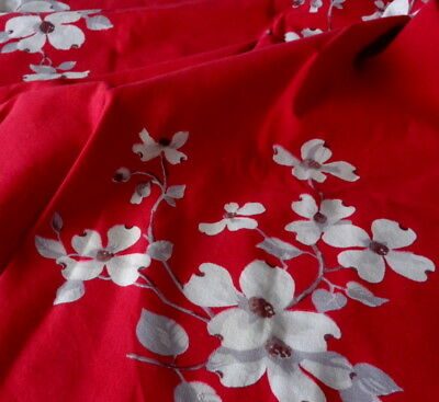 "Vintage 47"" x 53"" WILENDUR Tablecloth RED WHITE Dogwood Table Topper Floral EUC"